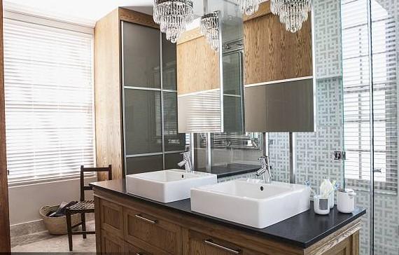 浴室柜多高合适