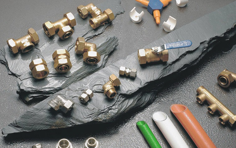 铝塑复合管的连接方式