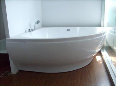 扇形浴缸尺寸多大合适