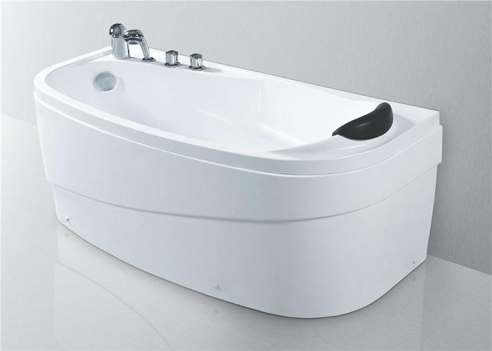 浴缸安装时应注意什么?