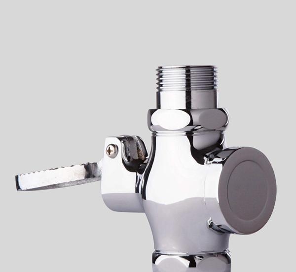普通延时冲水阀安装步骤是什么